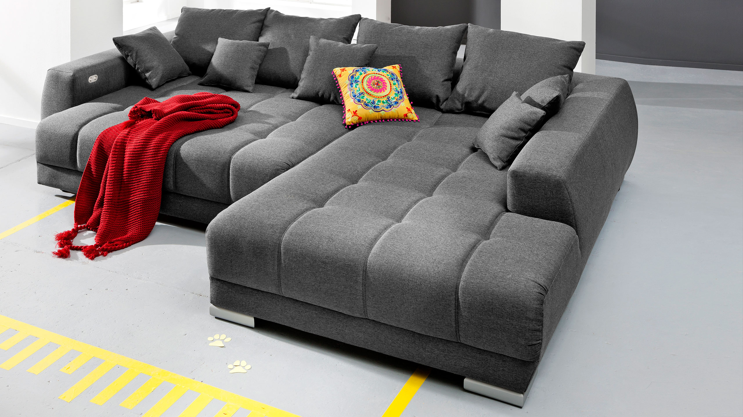 sofa tiefe sitzflche sofa breite sitzflche erstaunlich big sofa antik leder federkern xxl with. Black Bedroom Furniture Sets. Home Design Ideas